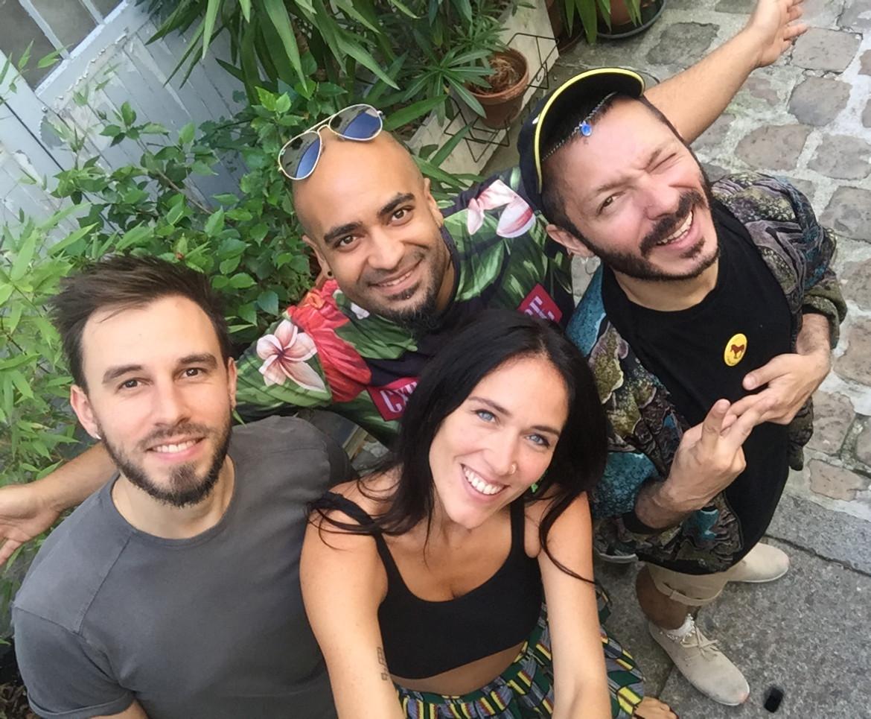 3SomeSisters 2016 band 2